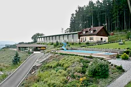 Penziony Český ráj - Farma u Semil v Českém ráji - jízdárna