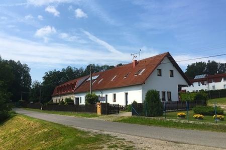 Penziony Český ráj - Penzion u Hrubé Skály - pohled zvenku